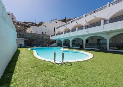 eo-Corona-Cedral-Pool-3