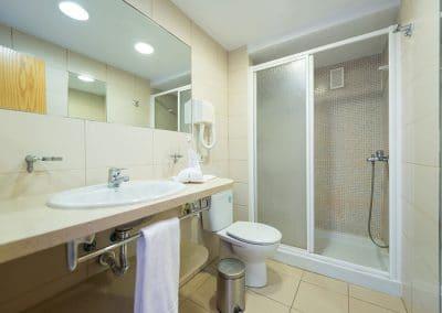 eo-Las-Gacelas-Room-Bathroom